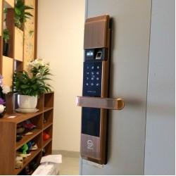 Lắp khóa cửa điện tử bằng vân tay, thẻ từ thông minh tốt giá rẻ tại Tp Hồ Chí Minh